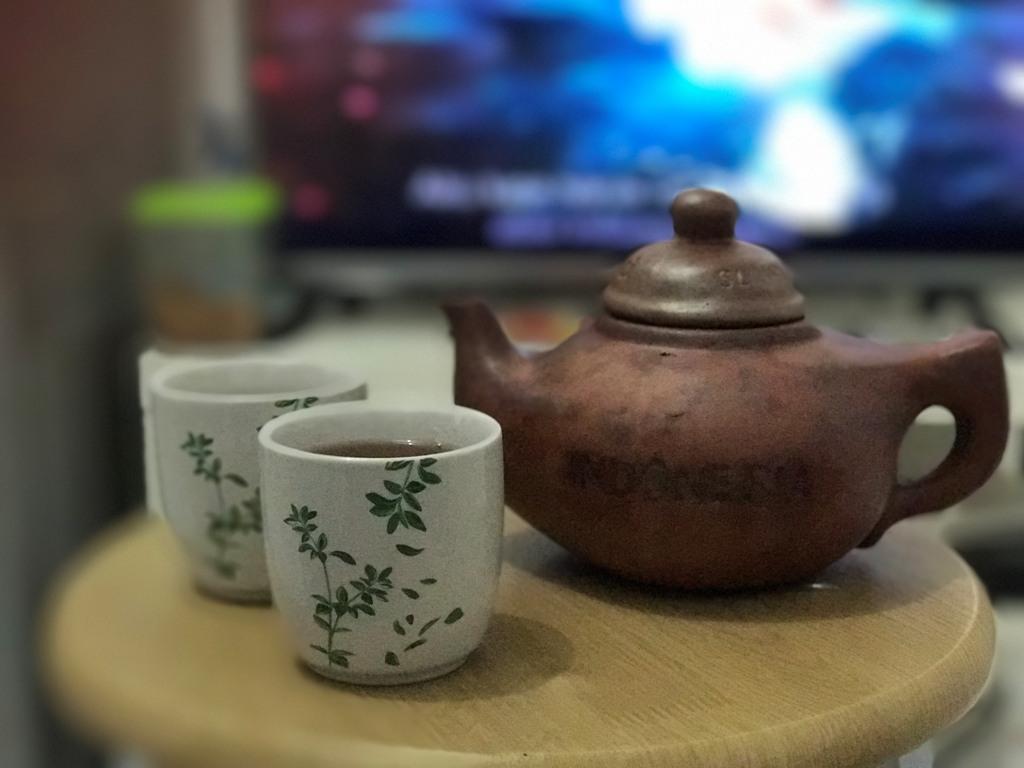 Ritual Minum Teh Poci