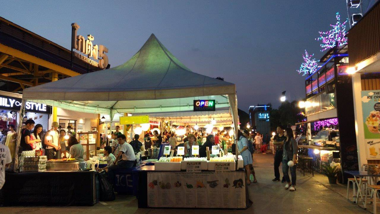 Food stall di Asiatique Bangkok